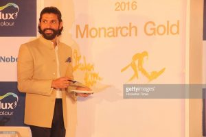Bollywood actor and Dulux paints brand ambassador Farhan Akhtar during the launch of Monarch Gold Colour for the popular paint brand Dulux